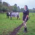 """Noor juustumeister Triinu Oder viib ellu oma taluperemehest isa aastaid tagasi välja öeldud unistuse ja alustab noortaluniku toetusega juustukoja rajamist.  """"Lihtsalt lüpsta ja liha toota ei ole päris see, […]"""