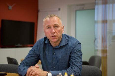 TEGUS JUHT: Ülo Kivise ajal on Saaremaa tööstus jõudsalt edasi arenenud. RAUL VINNI