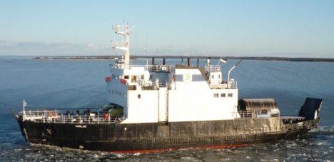 Oktoobrist  hakkab Regula kõrval Rohuküla-Heltermaa liini teenindama parvlaev Harilaid.