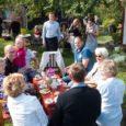Saaremaa Toidufestivali raames toimus pühapäeval Kuressaares Õunakohvikute päev. Ühtekokku oli avatud kümme eriilmelist tillukest kohvikut, kus igaühe menüüs leidis midagi, mis valmistatud õuntest. Fotod: Irina Mägi