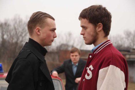 VÕTETEL: Tõtt vaatavad Markus Aru ja Kaspar Mölder, taustal jälgib olukorda Karl Juhandi. Foto: Anni Viskus