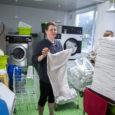 Merle pesukoja perenaisel Merle Tamjärvel oli eile tähtis päev – nimelt täitus 20 aastat sellest, kui ta pesupesemisega algust tegi.  Tema Kuressaares tegutseval pesukojal, mis on otsast lõpuni perefirma, […]