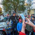 Järjekorras 48. Saaremaa ralli startis reede õhtu hakul Kuressaare südalinnast. Fotod: Tambet Allik