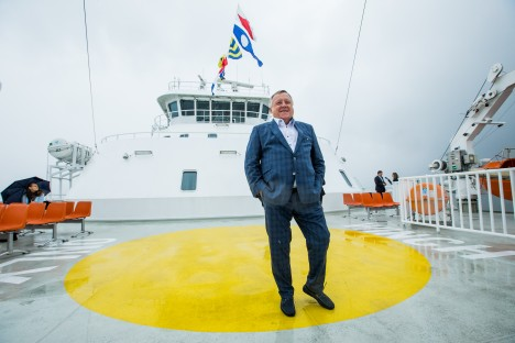 SAKSAMAAL: Vjatšeslav Leedo avas augustikuus Saksamaal Elbe jõel laevaliikluse parvlaevadega Grete ja Anne-Marie. TAIRO LUTTER / POSTIMEES