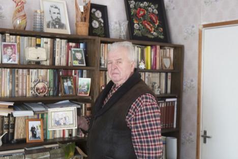 HUBASES KODUS: Kanissaare külas Mardi talus Eino Kirsil tegevust jagub. Kodulugu on üks tema hobi. AARE LAINE