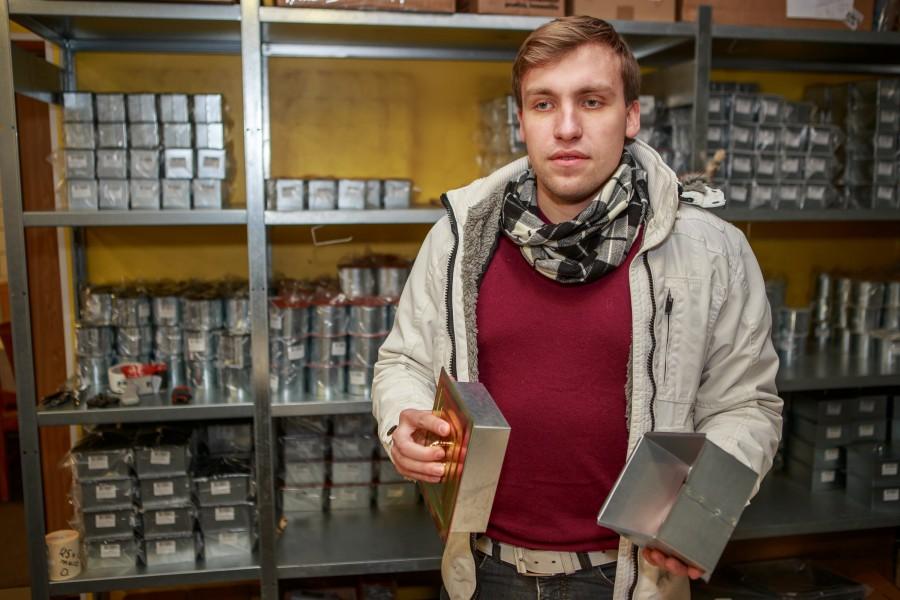 Kui üldjuhul liigub äri vanematelt edasi järgmisele põlvkonnale, siis Saaremaa ahjutarvikute tootja OÜ Põlmer äri võttis üle lapselaps, vahendab Äripäev. Pojapoeg Mihkel Kangur (pildil) on vanaisa asutatud plekifirmale andnud viie […]