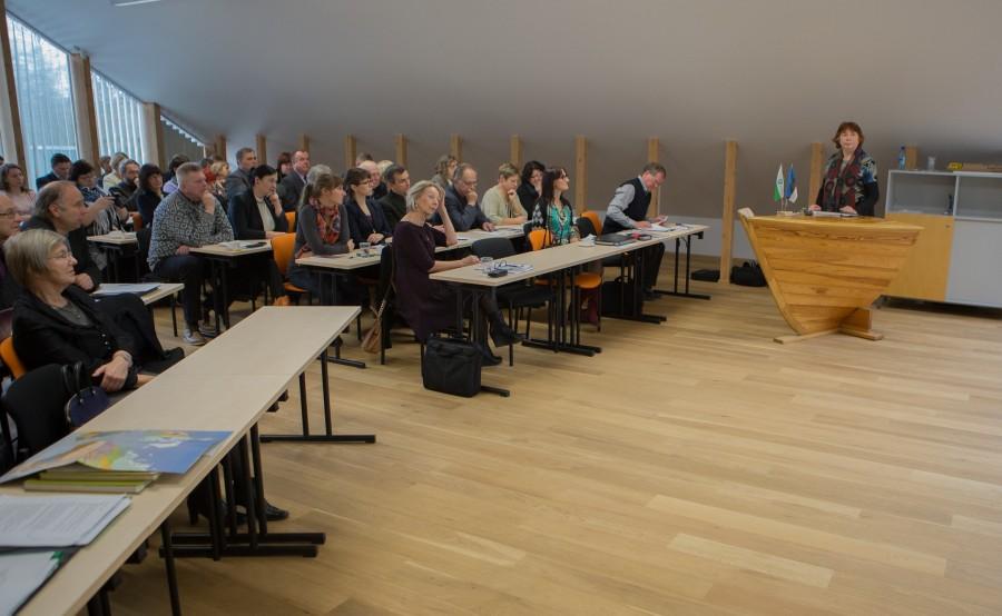 """Eile toimunud koostööseminariga """"Lääne-Eesti rohelised saared. Saarte koostöö eile, täna, homme"""" tähistati 25 aasta möödumist Saarte instituudi ja Lääne-Eesti saarte biosfääri kaitseala loomisest. Seminaril vaeti 25 aasta jooksul saadud koostöökogemusi […]"""