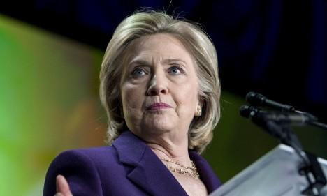 RASKUSTE EES: USA Demokraatliku Partei kõige tõenäolisem presidendikandidaat on endine riigisekretär Hillary Clinton. Et aga Valgesse Majja pääseda, tuleb tal eelnevalt ületada mitmed raskused. Üks neist on seotud nn e-kirjade skandaaliga, mis on aluseks väidetele, et Clinton suhtub oma tööülesannetesse lohakalt. THEGUARDIAN.COM