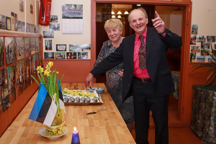 Eesti Vabariigi 98. sünnipäeva künnisel kutsus Metsküla külavanem Mati Maripuu külarahva reede õhtul seltsimajja pidulikule vastuvõtule. See oli staažikal külavanemal juba viies kord vabariigi aastapäeva paiku külaelanikke, sealhulgas külaseltsi aktiivseid […]