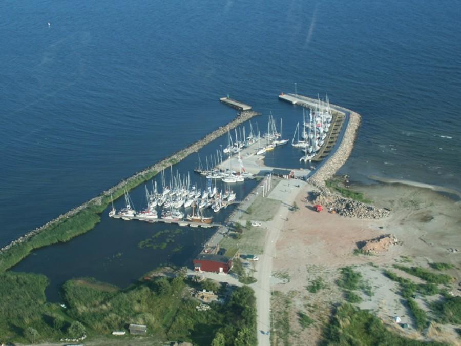 Ruhnu saare Ringsu sadam kuulub riigiettevõttele Saarte Liinid, kes on sadama igati korda teinud ning sadam on mererahva seas populaarne ja hinnatud. 2015. aastal külastas sadamat ligi 7000 inimest. Kuidas […]