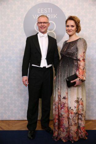 Kaitseminister Hannes Hanso koos abikaasa Riina Hansoga (Foto Erlend Štaub / Postimees)