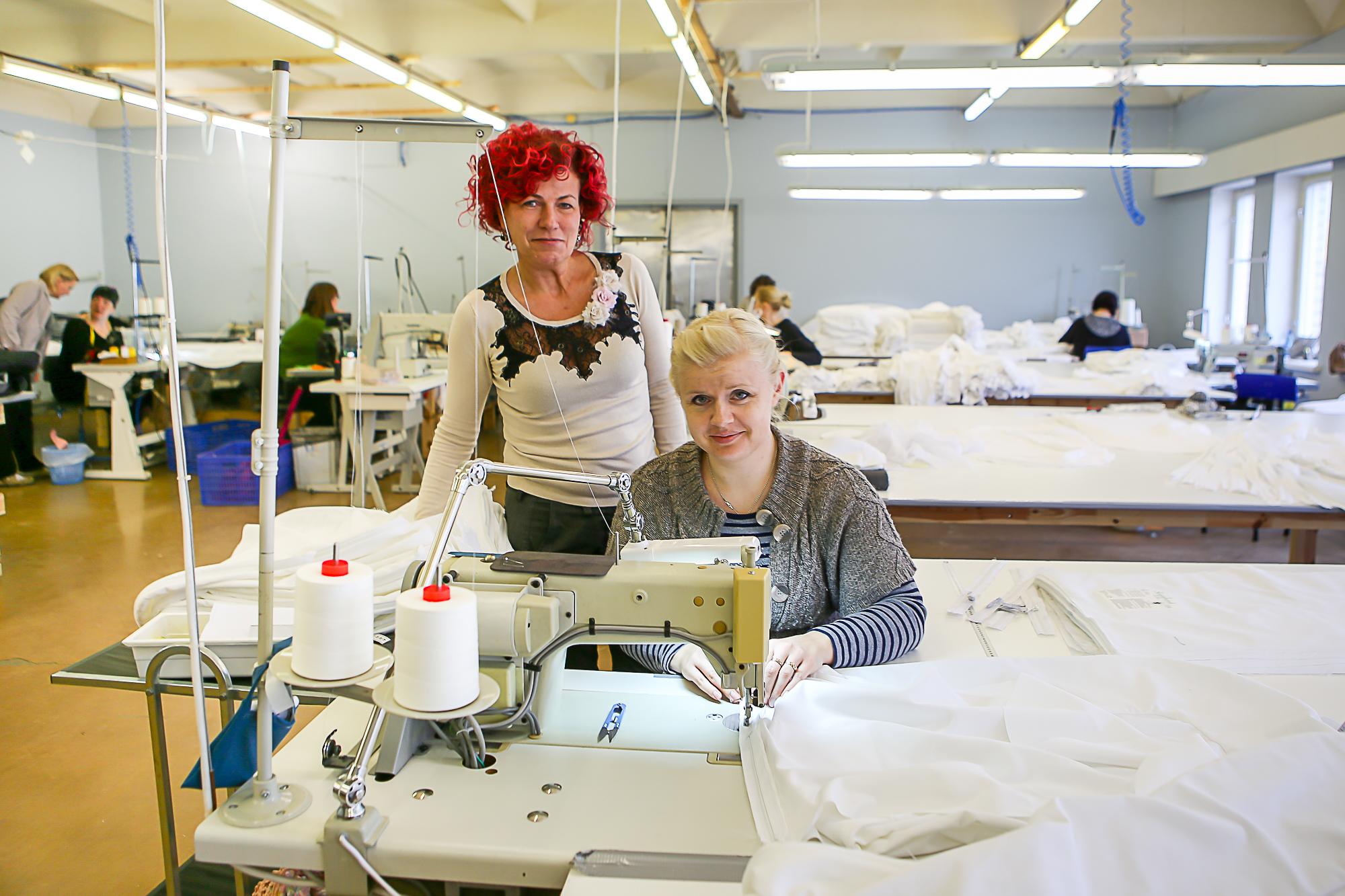 Kuressaares Rehemäe ehitusmaterjalide kaupluse teisel korrusel tegutsev tekstiiliettevõte MoonStar OÜ otsib oma kollektiivi viit õmblejat. Nende töö on erinevate tekstiiltoodete õmblemine tükitöönormide alusel ja õmblejad peaksid tööle asuma niipea, kui […]