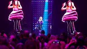 """Saarlastest oli Eesti Laulu 2016 finaalis edukaim Kristel Aaslaid, kes koos ansambliga Cartoon jõudis looga """"Immortality"""" superfinaali ja saavutas kolmanda koha. Grete Paia jäi finaalis lauluga """"Stories Untold"""" seitsmendaks ja […]"""