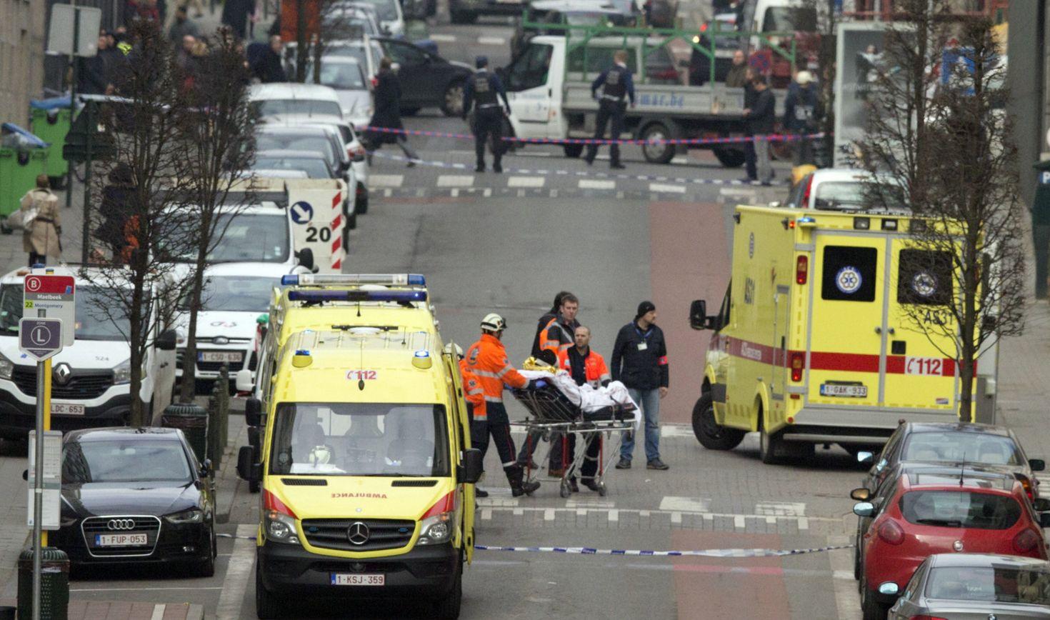 Terrorirünnakutest räsitud Brüsselis elava Saaremaalt pärit Maire Lodi sõnul on tema kõige suurem soov hetkel koju Eestisse jõuda. Brüsselis töötav Maire Lodi tunnistas Saarte Häälele, et pidi täna pühadeks Saaremaale […]