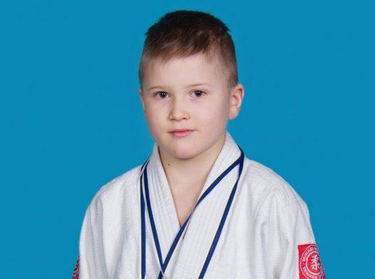 8. oktoobril viisid Tartu linn ja spordiklubi Zen A. Le Coqi spordihoones läbi Tartu linna sügisturniiri judos. Kohal oli 158 noort judokat. Ainsate väliskülalistena osalesid lätlased. Saaremaad esindas seekord seitse […]