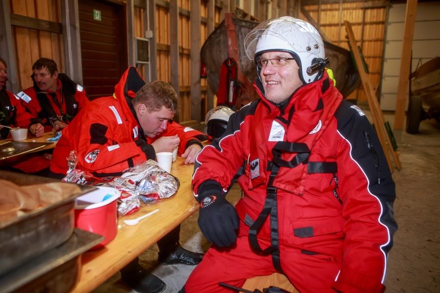 8. augustil kolm aastat tagasi loodud Saaremaa vabatahtlik merepääste selts on lühikese ajaga saanud tuntuks kogu maakonnas. Liikmeid on igal aastal juurde tulnud ja alles hiljaaegu, eelmise nädala neljapäeval anti […]