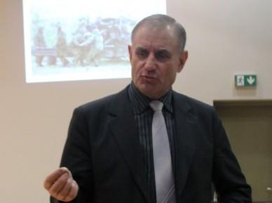 19. veebruaril käis Kärla koolis loengut pidamas erukindral Ants Laaneots, kellega oli kaasas ka kapo endine peadirektor Raivo Aeg. Igal riigil peab olema julgeolek kontrolli all, nii ka Eestil. Vaadates […]