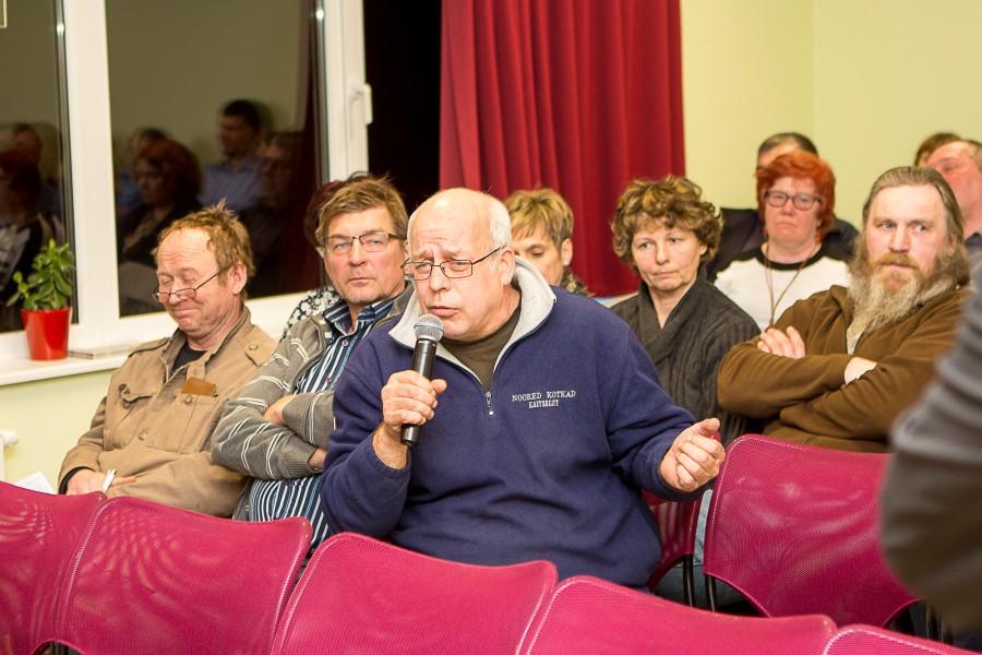 Kihelkonna rahvamajas neljapäeva õhtul toimunud haldusreformi-teemalisel avalikul arutelul tuli ilmekalt välja kohaliku kogukonna suur mure oma kooli säilimise pärast. Arutelu teema oli haridus, kuid see ei takistanud osalejaid kõnelemast ka […]