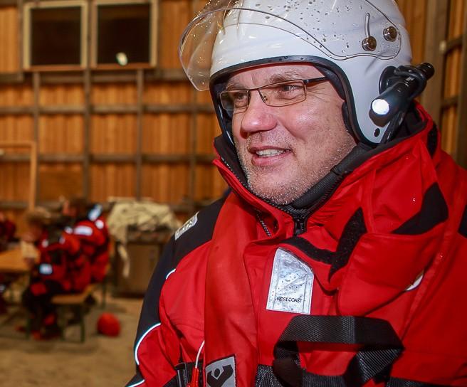 """Siseturvalisuse vabatahtlike toetamise eest 2015. aastal pälvis siseministrilt tunnustuse ka Saaremaa vabatahtliku merepäästeseltsi juhatuse liige Maidu Lempu. """"Kui on vaja teha, siis tuleb teha ja kui ta südamelähedane on, siis […]"""