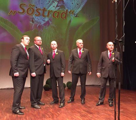 SÕSTRAD: (vasakult) Meelis Juhandi, Silver Õun, Kaupo Sirel, Viljar Merivald ja Kalmer Poopuu Jõhvis esinemas. SÕSTRAD, FACEBOOK