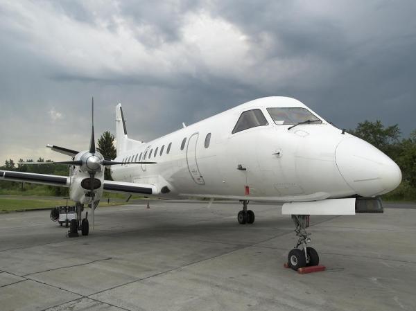 Lennufirma Avies teatas Saarte Häälele, etnad sõlmisidkoostöölepingu Sky Taxi lennufirmaga ning on teinud taotlused nõusolekuks reisijate teenindamiseks Saare maavalistusele ja majandus- ja kommunikatsiooniministeeriumile. Koostööpartner on Aviesi kinnitusel valmis alustama järgmisest […]
