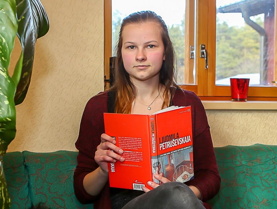 Tornimäe põhikooli lõpuklassi õpilane Laura Kangur on pisikesest peale olnud suur raamatusõber, kes samm-sammult on lasteraamatute juurest jõudnud nüüdisaegse vene kirjanduse austajaks. Sissejuhatuseks olgu öeldud, et Unguma külas elav Laura […]