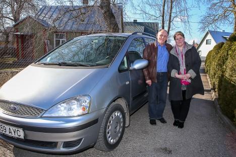 NÕUDLUST ON: Tallinna sõite teeb Angela Siinor praegu abikaasa Hannesega kahekesi. MAANUS MASING