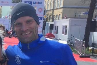 """Tiidrek Nurme läbis pühapäeval Hamburgi maratoni ajaga 2.17.59 ja täitis Rio de Janeiro olümpiamängude normi. """"Rio olümpiale jõudmine on minu jaoks kui unistuse täitumine,"""" rääkis 24. koha saanud Tiidrek Nurme. […]"""