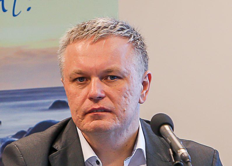 """""""Olen seda meelt, et maksusüsteemi annab teha veel lihtsamaks, veel motiveerivamaks,"""" ütles maksu- ja tolliameti peagi ametist lahkuv peadirektor, saarlane Marek Helm möödunudnädalasel kohtumisel Saaremaa ettevõtjate ja omavalitsusjuhtidega. Olen juhina […]"""