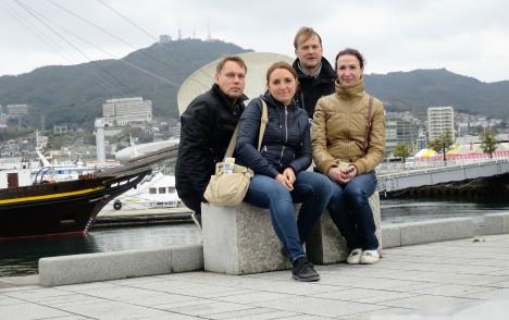 HEAD SÕBRAD: Sedakorda käisid koos reisil (vasakult) Aare Tammesoo, Irena Tammesoo ja Terje Koitla. Tiit Kommel (taga) ootas sõpru juba ees.