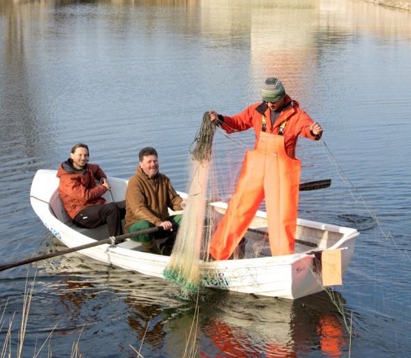 """Tuleval pühapäeval peetakse Kuressaare lossi vallikraavis kalapüügivõistlus, et õngemehed aitaksid enne kraavi tühjakslaskmist veel võimalikult palju kalu välja püüda. Võistlus """"Lossi Kala"""" toimub 15. mail kell 11–14. Osalejate registreerimine kohapeal […]"""