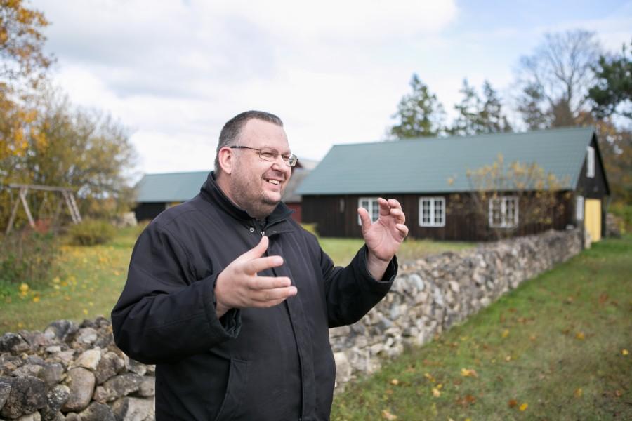 """Saaremaa meetootjate ühing laseb laboris uurida, millistelt taimedelt on Saaremaa mesi korjatud. """"See on huvitav ja vajalik info nii tarbijale kui ka mesinikele endile,"""" ütles Saaremaa meetootjate ühingu juhatuse liige […]"""