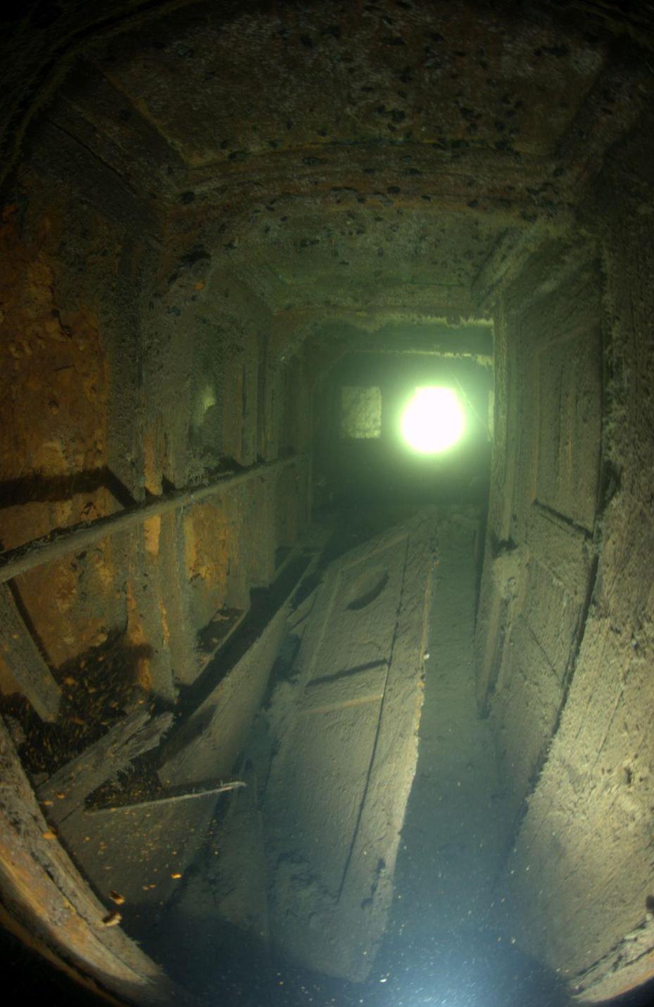 Tundmatu vraki asukoht oli kohalikele kalureile ligilähedaselt teada juba aastaid. Vrakk lokaliseeriti Eesti Meremuuseumi poolt 2002. aastal. Muinsuskaitseamet teostas vraki dokumenteerimistööd kahel aastal: 2012. aastal projekti SHIPWHER raames ja 2013. […]