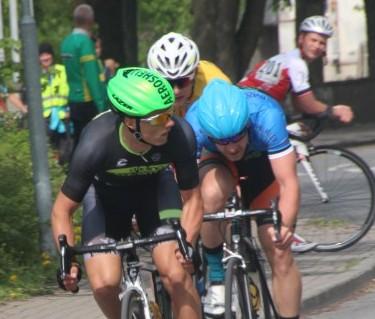 Iisraeli klubis Cycling Academy sõitev Mihkel Räim ja Prantsusmaa klubi Pro Immo esindav Karl Patrick Lauk ei andnud laupäeval Kuressaare tänavasõidus konkurentidele võimalustki ja tõusid poodiumi kõrgeimale astmele.  Meeste […]