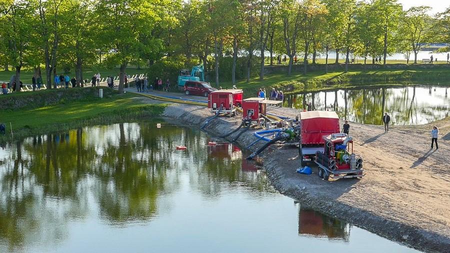 Kuressaares ja selle ümbruses toimus 19.–22. maini Euroopa Liidu rahastatav rahvusvaheline üleujutusõppus SaareMODEX 2016, kus osales üle 200 inimese. Video on inglise keeles.