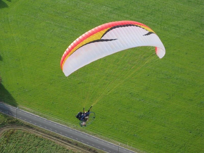 Eile algas Saaremaal Eesti tiibvarjuspordi liidu korraldatav lennuvõistlus. Sellised õhusõidukid peaksid saarlastele tema sõnul juba päris hästi teada olema, kuna neid aparaate on siinkandis näha olnud regulaarselt juba mitu kevadsuve […]