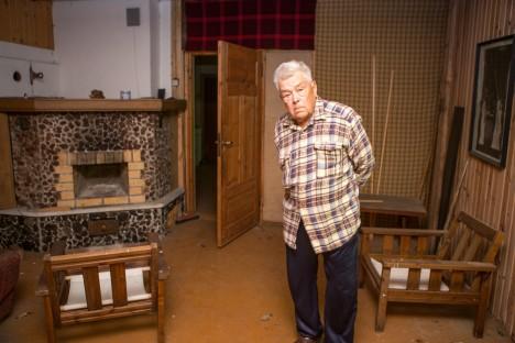 ENDEL SALU oli remonditööde juures ise töödejuhataja ja osaliselt seetõttu on ta hiljemgi maja külastanud. Tema sõnul töödega päris lõpuni toona ei jõutud. MAANUS MASING