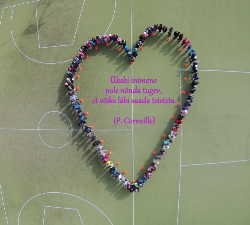 """Tänavuse kevadise südamekuu ajal panid Kärla põhikooli õpilased ja õpetajad suuremat rõhku oma südamele ja tervisele üldse. Seetõttu toimus 18.–22. aprillil südamenädal """"Süda rõõmustab"""", mille eesmärk oli teadvustada kooliperele tervise […]"""