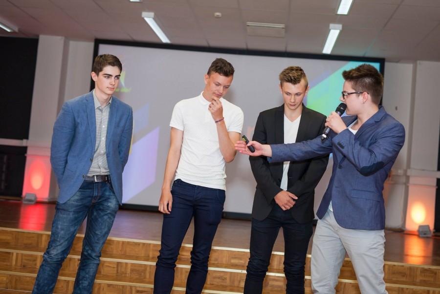"""Kolmapäeval tunnustati TTÜ innovatsiooni- ja ettevõtluskeskuses Mektory koolinoorte äriideede konkursi """"Bright Minds"""" ehk """"Helged mõtted"""" parimaid ideid. Oma plaane tutvustas 20 meeskonda üle Eesti. Esikoha pälvis Pärnumaa meeskonna idee """"Jalgratas […]"""