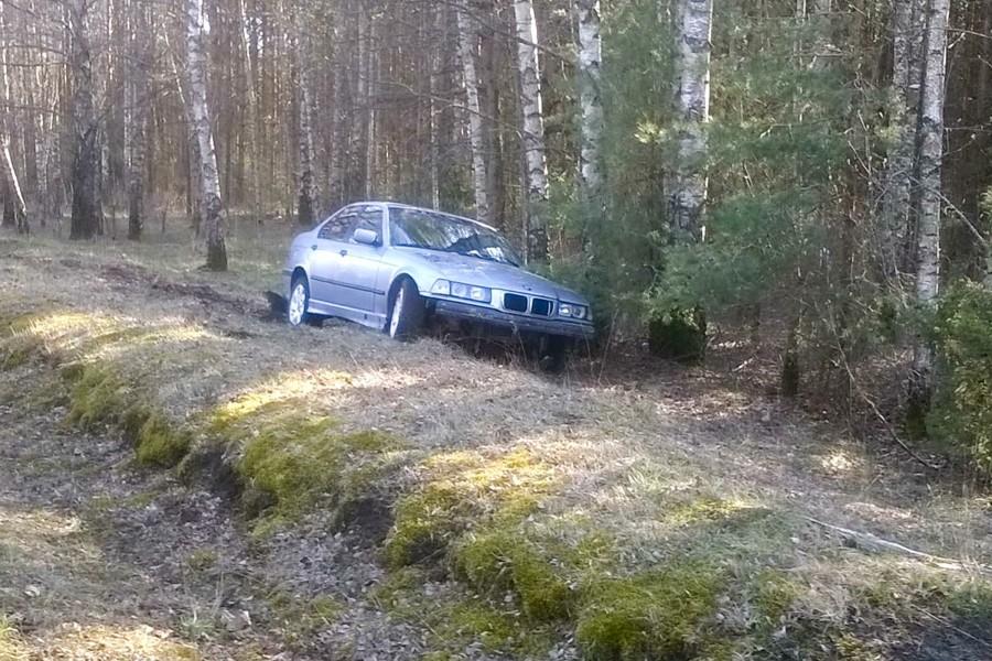 Kuressaare lähedal asuva Vaivere küla jaoks kujunes nädalavahetus dramaatiliseks. Loetud tundide jooksul juhtus küla vahel kaks liiklusõnnetust. Ühes neist hukkus 51-aastane mees. Laupäeva õhtul kell 18.29 juhtus liiklusõnnetusLilbi–Vaivere tee 2,6-ndal […]