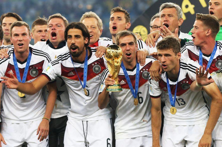 Kui Saksamaa koondis jalgpalli EM-i võidab, saab iga koondise liige 300000 eurot. Sama suure summa said nad kaks aastat tagasi, kui võitsid vuti MM-i. Saksamaa vutimeeskonna mänedžer Oliver Bierhoff ütles […]