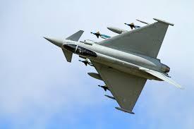 Madalalt harjutuslende tegevad NATO hävitajad panid nii mõnegi muhulase küsima, kas nüüd on sõda lahti? Üleriiklikus pressis on küll teatatud, et Briti kuningliku õhuväe hävitajad Eurofighter Typhoon teevad madallende, kuid […]