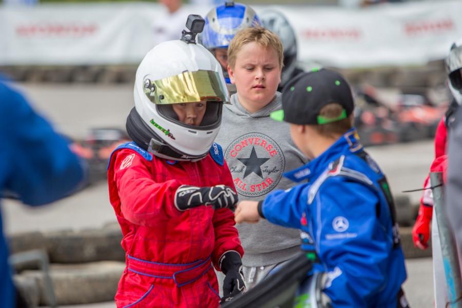 Läinud pühapäeval Auriga kaubanduskeskuse juures toimunud laste hobikardisarja Auto24 Talendid Rajale Honda Kuressaare GP-l saavutas parim saarlane 7. koha. Talendid Rajale hobikardisarja esindaja Martin Haraku sõnul läks siinne etapp kenasti […]
