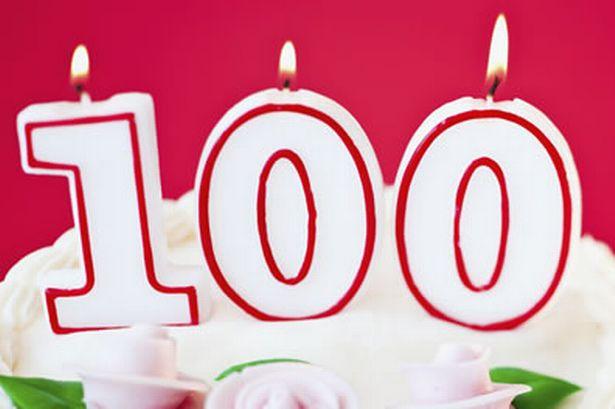 Täna tähistab 100. sünnipäeva Kuressaare linna kodanik Ljubov Leier. Kogula eakatekodus elavat kõrges eas juubilari lähevad õnnitlema ka Kuressaare linnavalitsuse sotsiaalosakonna juhataja Kairit Lindmäe ja sotsiaalhoolekande spetsialist Aina Prei.