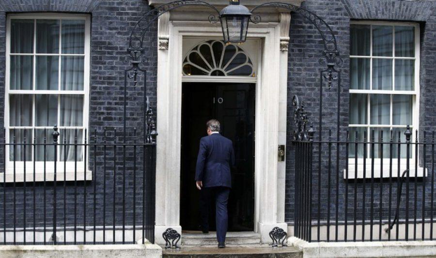 Sel nädalal ameti maha pannud Briti peaminister David Cameron unustas taas pärast esinemist mikrofoni välja lülitada. Vahejuhtum leidis aset Downing street 10 ees toimunud kohtumisel ajakirjanikega, kus Cameron teatas oma […]