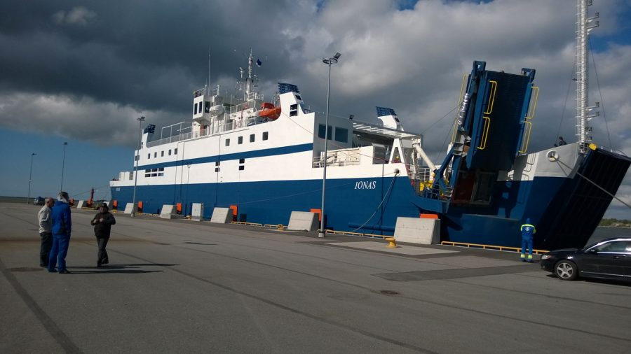 Saarte Hääle andmetel on TS Laevad, Saaremaa Laevakompanii ja parvlaev Ionase omanik jõudmas kokkuleppele, et laev jääb esialgu siiski Väinamerele kurseerima. Algselt pidi Ionas seoses operaatorivahetusega lahkuma. Ionase jäämisele viitas […]