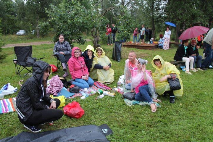 5. augustil toimus Hakjala külaplatsil suvepidu. Selline suurem suvepidu sai Hakjalas teoks esimest korda. Siin on peetud küll jaanipäevi, kokkutulekuid ja suvelõpupidusid, kuid säärane suurem ettevõtmine, nagu sel aastal, toimus […]