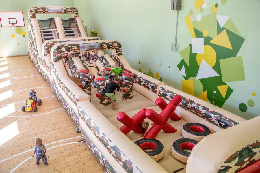 Kaarma spordihoones avatud Noore Tõllu Mängumaa ootab suuri ja väikeseid hüppama ja torti sööma. Selle nädala reedest pühapäevani (2.-4. septembrini) saavad nii lapsed kui ka täiskasvanud tulla tutvuma äsja avatud […]