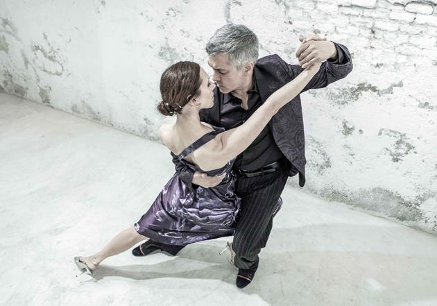 XX Kuressaare Kammermuusika Päevad jätkuvad täna 5. augustil kell 21 Kuressaare Kultuurikeskuses Hispaania-Argentiina tangoetendusega, kus laval soleerib kogu tangomaailmas kuulus tantsupaar Ezequiel Herrera ja María Antonieta Tuozzo. Etenduse käigus viiakse […]