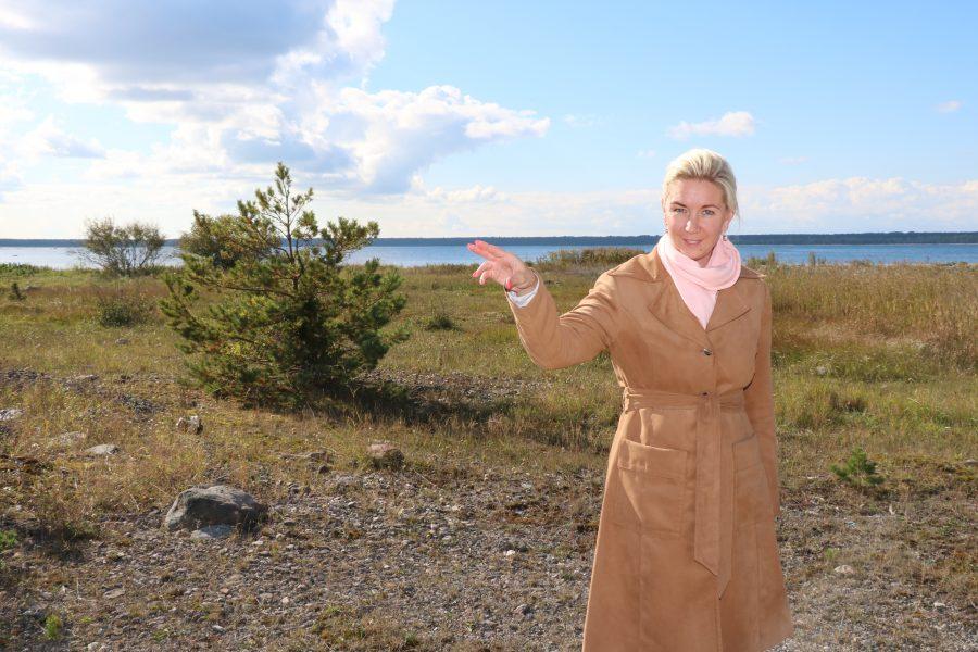 """Ehkki levinud on arvamus, et Saaremaal on kõige kallim kinnisvara n-ö """"varbad vees"""" ehk oma merepiiriga, ei ole see alati reegel. Maaklerite sõnul ollakse mereäärse elamise eest nõus küll rohkem […]"""